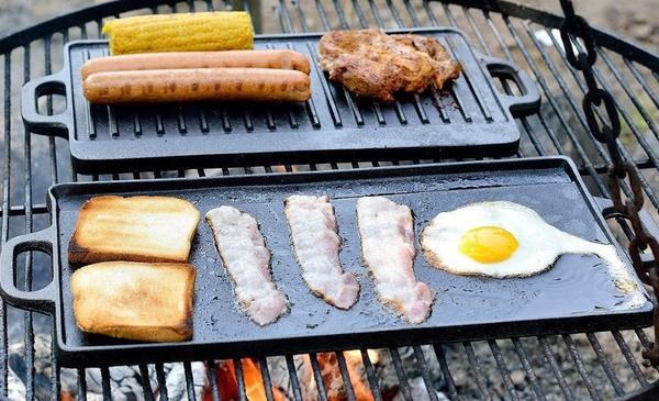 2 fach grillplatte wendeplatte steak pizzaplatte f r grill neu in sulzbach k chenherde. Black Bedroom Furniture Sets. Home Design Ideas