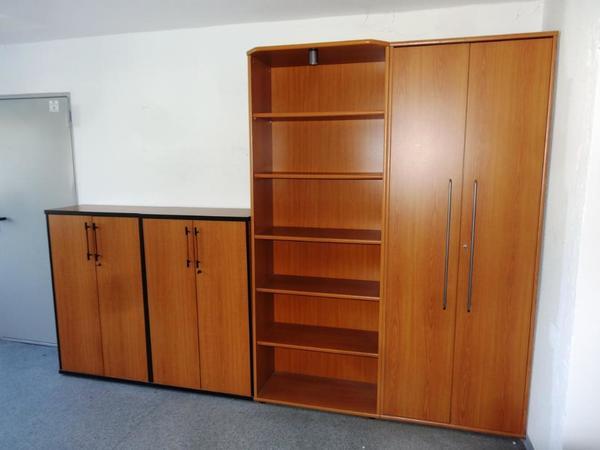 schreibtisch regal kaufen gebraucht und g nstig. Black Bedroom Furniture Sets. Home Design Ideas