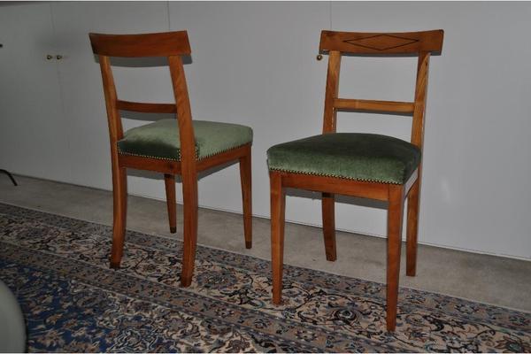2 verschiedene paare biedermeier st hle aus kirsche bzw eiche in erlangen sonstige. Black Bedroom Furniture Sets. Home Design Ideas