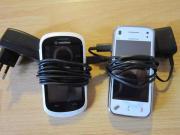 2 weiße Handy`