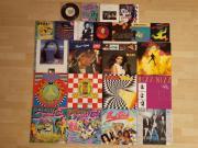 23 Schallplatten, Schallplatte, LP, LPs, Vinyl, Formel Eins, MC Hammer, Milli Vanilli, Bros, Sandra Schallplatten Sammlung, 23 Stück. Einzeln ab 3 EUR oder alle 23 Stück zusammen für 75 EUR. - 1 Doppelalbum (8 EUR). - 5 Alben (je 5 EUR). - 6 ... 3,- D-691 - 23 Schallplatten, Schallplatte, LP, LPs, Vinyl, Formel Eins, MC Hammer, Milli Vanilli, Bros, Sandra Schallplatten Sammlung, 23 Stück. Einzeln ab 3 EUR oder alle 23 Stück zusammen für 75 EUR. - 1 Doppelalbum (8 EUR). - 5 Alben (je 5 EUR). - 6