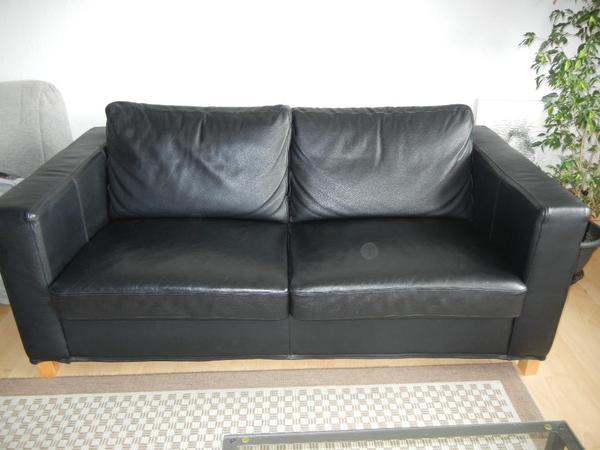 3er sofa mit schlaffunktion aus kunstleder schwarz von ikea sehr leichte gebrauchsspuren. Black Bedroom Furniture Sets. Home Design Ideas