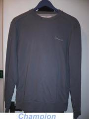 4 Sweatshirts 1