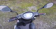500W ElektroMobil Boco VierRad ElectroScooter SeniorenMobil bis 15kmh E-Bremsen 500W ElektroMobil Boco VierRad ElectroScooter bis 15km/h mit Rückwärtsgang! Bremsen: ELEKTROMAGNETISCHE Handbremsen Batterie Blei: 48V 20AH ... 1.440,- D-07607Eisenberg Heute, - 500W ElektroMobil Boco VierRad ElectroScooter SeniorenMobil bis 15kmh E-Bremsen 500W ElektroMobil Boco VierRad ElectroScooter bis 15km/h mit Rückwärtsgang! Bremsen: ELEKTROMAGNETISCHE Handbremsen Batterie Blei: 48V 20AH