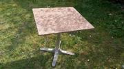 8 Bistro-Tische