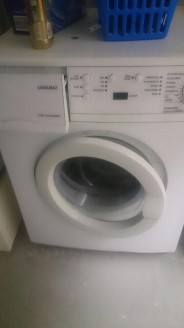 aeg waschmaschine in wiesloch waschmaschinen kaufen und verkaufen ber private kleinanzeigen. Black Bedroom Furniture Sets. Home Design Ideas
