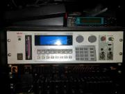 AKAI S1000 SAMPLER