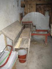 Alte Futterschneidemaschine