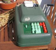 alte Rechenmaschine Rokli
