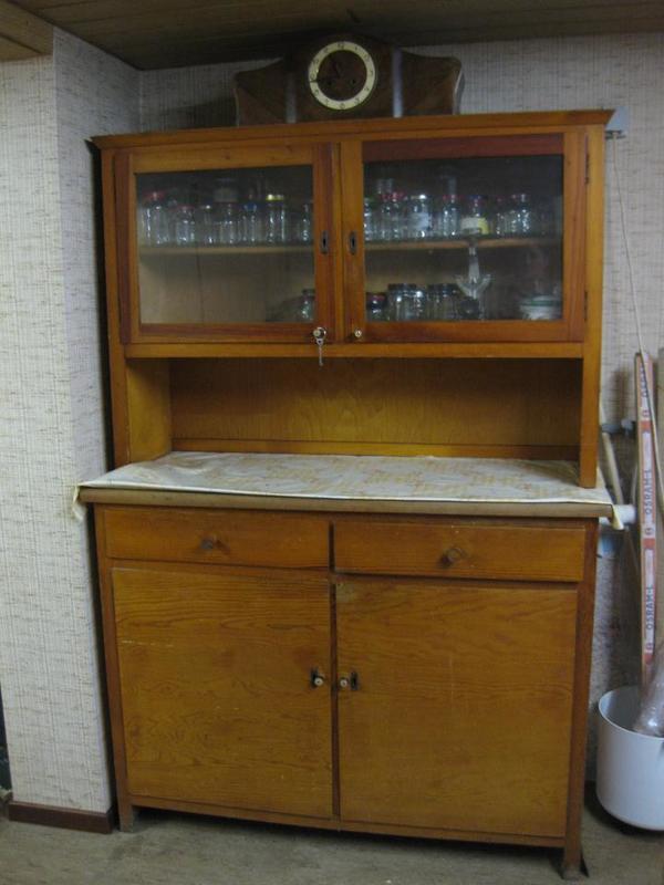 altes k chenbuffet ca 1940 buche hell in neu isenburg k chenm bel schr nke kaufen und. Black Bedroom Furniture Sets. Home Design Ideas