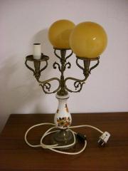 Antike Tischlampe, ein