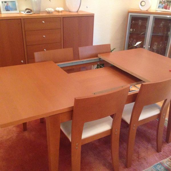 ausziehbarer esstisch mit 4 st hlen in frankfurt. Black Bedroom Furniture Sets. Home Design Ideas