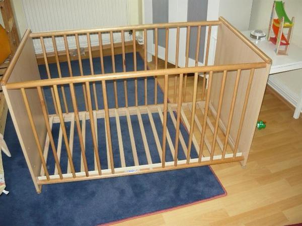 gitterbett neu und gebraucht kaufen bei. Black Bedroom Furniture Sets. Home Design Ideas