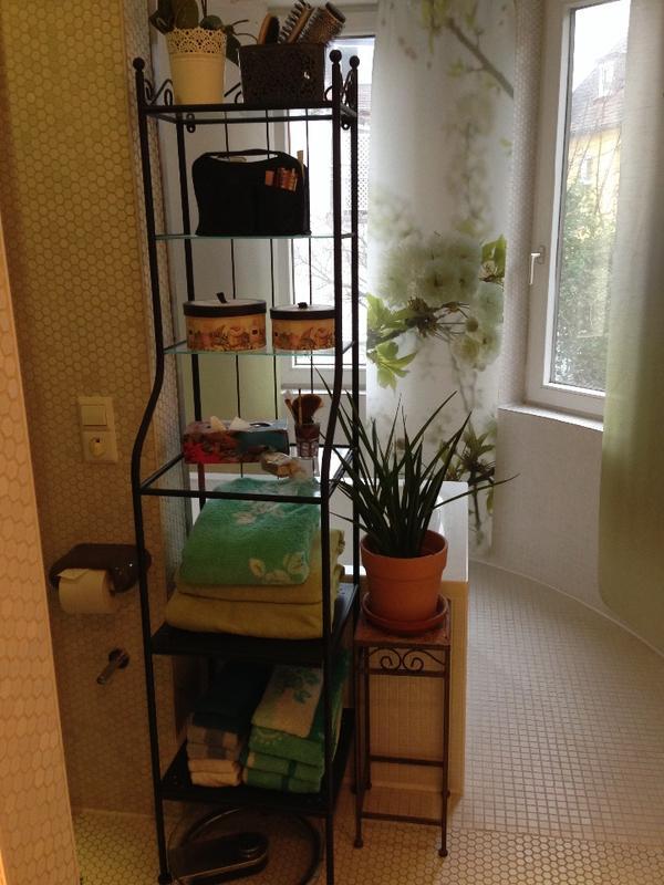 badregal r nnsk r ikea schwarz glas in pforzheim bad. Black Bedroom Furniture Sets. Home Design Ideas