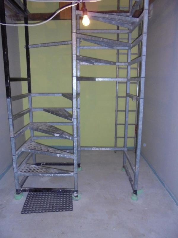 bautreppe aus stahl ber 2 etagen zu verkaufen in westheim sonstiges material f r den hausbau. Black Bedroom Furniture Sets. Home Design Ideas