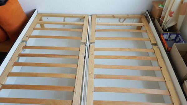 bett doppelbett 2einzelbetten liegefl che gesamt 180x200 mit bettkasten und lattenrost in bad. Black Bedroom Furniture Sets. Home Design Ideas