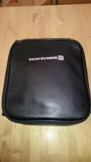 Beyerdynamic HS 300