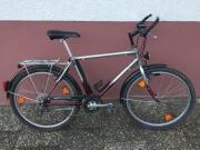 Biete mehrere Fahrräder