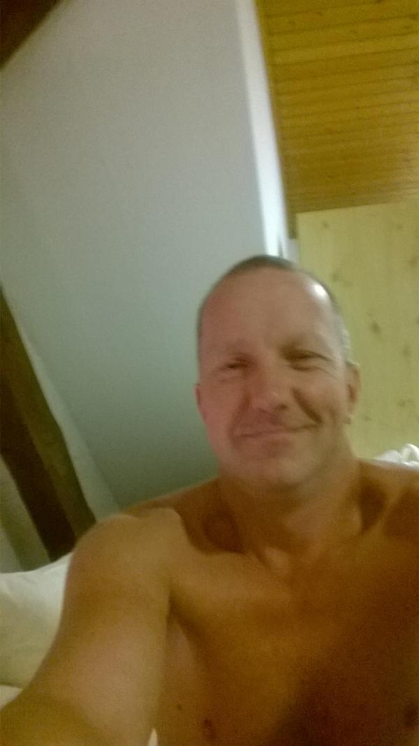 ... Raub: Polizei Darmstadt sucht diesen Mann - Darmstädter Tagblatt
