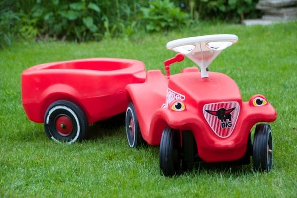 kinderfahrzeuge spielzeug gebraucht kaufen. Black Bedroom Furniture Sets. Home Design Ideas