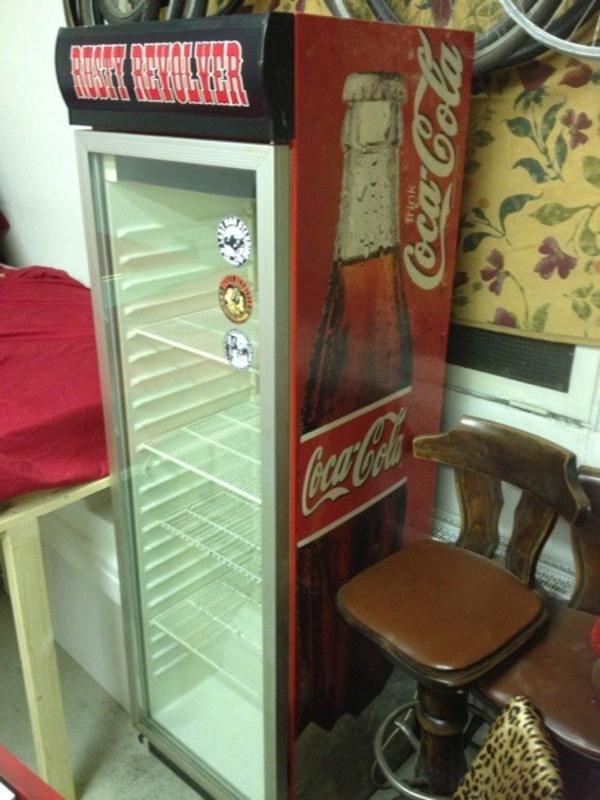 coca cola k hlschrank in berlin gastronomie ladeneinrichtung kaufen und verkaufen ber. Black Bedroom Furniture Sets. Home Design Ideas