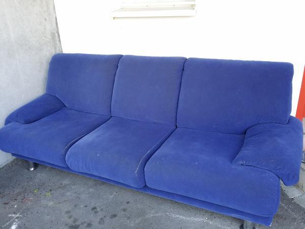 Couch wegen neuanschaffung zu verschenken in frastanz for Couch verschenken