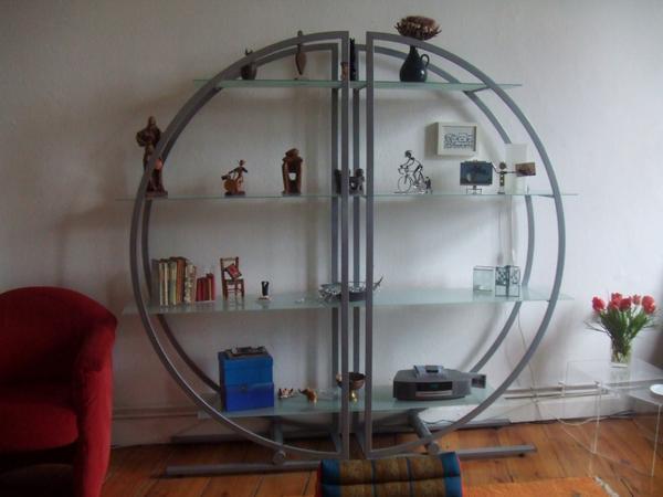 design glas rundregal in berlin regale kaufen und verkaufen ber private kleinanzeigen. Black Bedroom Furniture Sets. Home Design Ideas