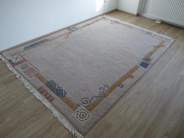 teppich kibek mnchen awesome die prsentation von teppichen hier ein archivbild von einer messe. Black Bedroom Furniture Sets. Home Design Ideas