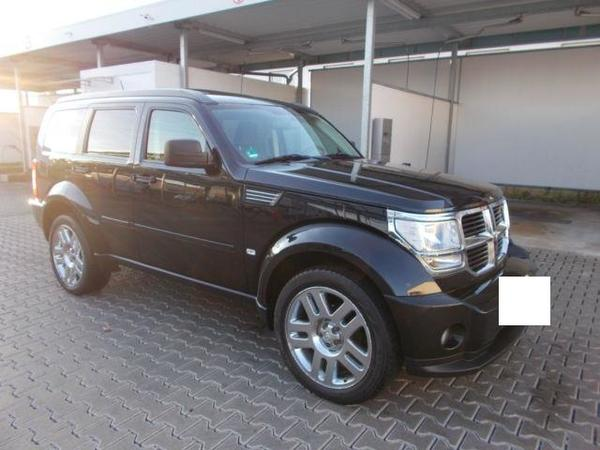dodge nitro 2 8 crd dpf automatik in rheine us automobile kaufen und verkaufen ber private. Black Bedroom Furniture Sets. Home Design Ideas