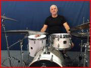 Drummer sucht...