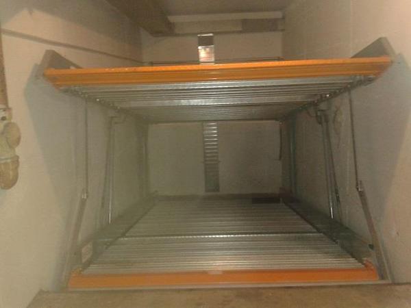 duplex garage 80807 m nchen milbertshofen von privat zu vermieten vermietung garagen. Black Bedroom Furniture Sets. Home Design Ideas