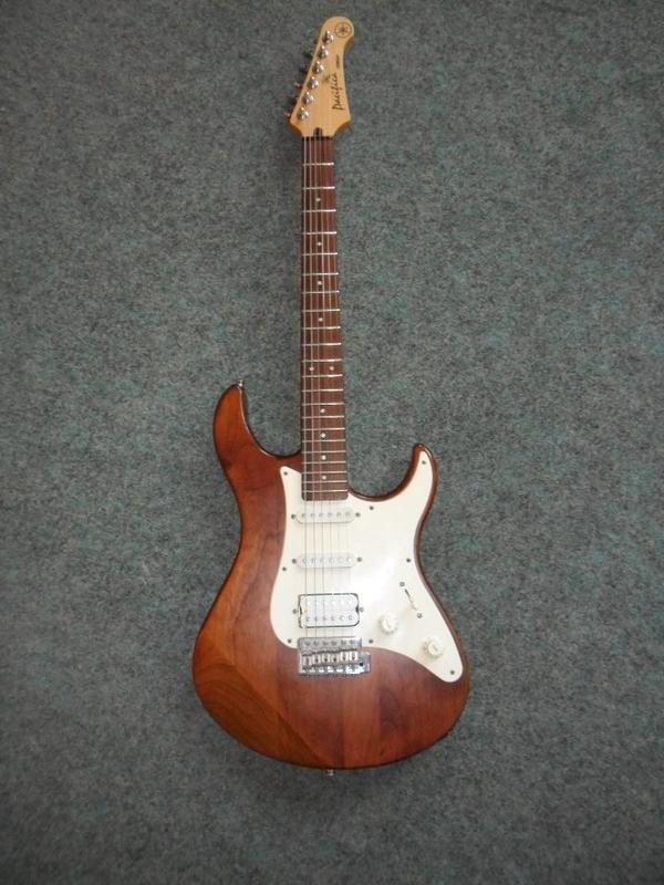 e gitarre yamaha pacifica 112 mk 24246 in m lheim an der. Black Bedroom Furniture Sets. Home Design Ideas