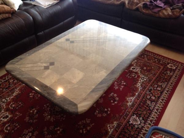 echter marmor tisch massiv mit sockel in mannheim. Black Bedroom Furniture Sets. Home Design Ideas