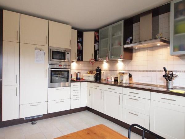 k chen l form mit elektroger ten. Black Bedroom Furniture Sets. Home Design Ideas