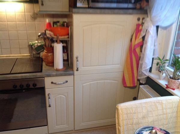 Komplett kuchen kuchen zwickau gebraucht kaufen dhd24com for Einbauküche landhausstil