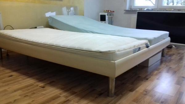 elektrisch verstellbares wasserbett in altrip betten. Black Bedroom Furniture Sets. Home Design Ideas