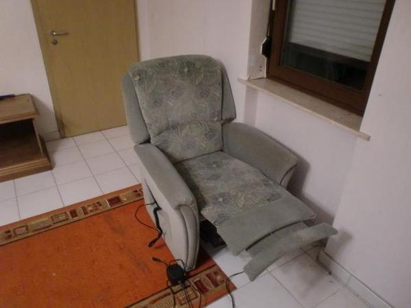 elektrischer fernsehsessel in erbach polster sessel. Black Bedroom Furniture Sets. Home Design Ideas