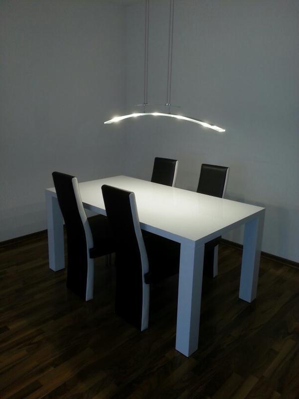 esszimmertisch hochglanz mit 4 st hlen in heilbronn. Black Bedroom Furniture Sets. Home Design Ideas