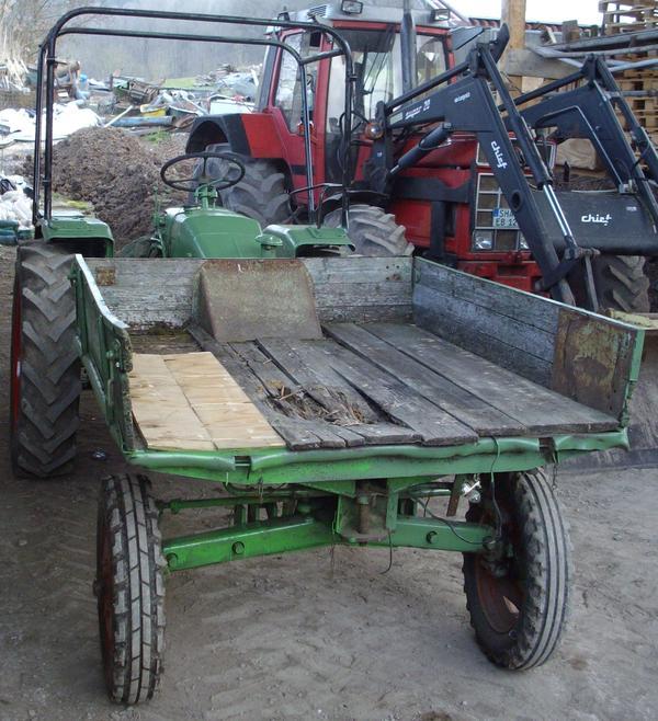 bild 6 traktoren landwirtschaftliche fahrzeuge fendt. Black Bedroom Furniture Sets. Home Design Ideas