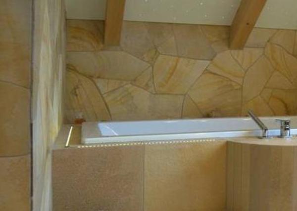 fliesen naturstein solnhofener polygonalplatten in. Black Bedroom Furniture Sets. Home Design Ideas
