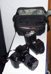 Fotokamera, Minolta Dynax Fotokamera, Negativ-format 24x36 Minolta Dynax 303sl - Spiegelreflexkamera, mit AF-Zoom Objektiv 28-80 mm, 1:3,5-5,6, wenig gebraucht, sehr guter ... 60,- D-76761Rülzheim Heute, 13:40 Uhr, Rülzheim - Fotokamera, Minolta Dynax Fotokamera, Negativ-format 24x36 Minolta Dynax 303sl - Spiegelreflexkamera, mit AF-Zoom Objektiv 28-80 mm, 1:3,5-5,6, wenig gebraucht, sehr guter