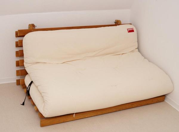 futon bettsofa in hamburg betten kaufen und verkaufen ber private kleinanzeigen. Black Bedroom Furniture Sets. Home Design Ideas