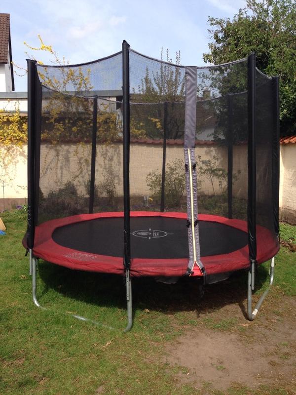 gartentrampolin trampolin hochwertig in m hlheim. Black Bedroom Furniture Sets. Home Design Ideas