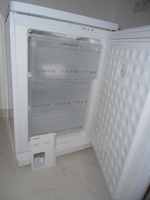 gefrierschrank in seeheim jugenheim k hl und gefrierschr nke kaufen und verkaufen ber. Black Bedroom Furniture Sets. Home Design Ideas