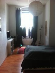 gemütliches, möbliertes Zimmer