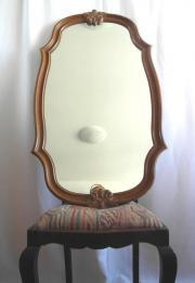 Großer Spiegel mit