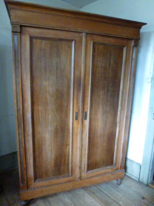 gr nderzeit kleiderschrank um 1880 nu baum in efringen. Black Bedroom Furniture Sets. Home Design Ideas