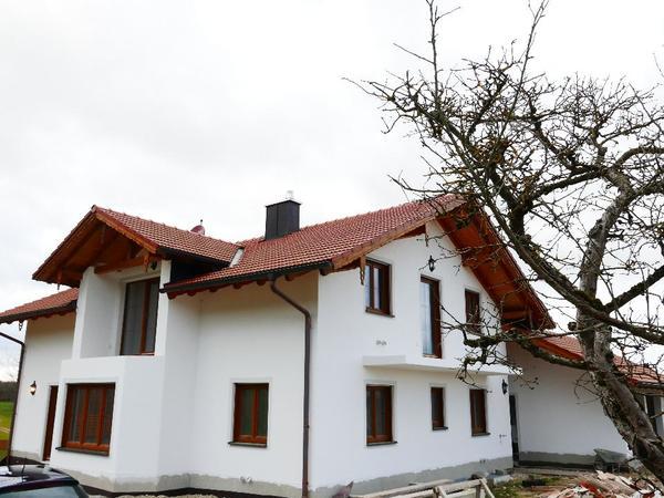 haus freistehender neubau auf dem land in reichertsheim. Black Bedroom Furniture Sets. Home Design Ideas