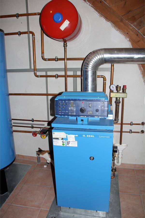 heizung buderus g 224 l lownox 35 4 35 kw fl ssiggas gebraucht mit eco hs 3220 regelung in. Black Bedroom Furniture Sets. Home Design Ideas