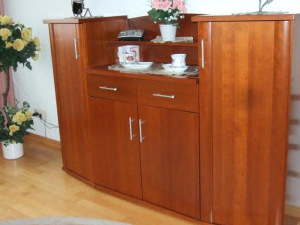 highboard kirschbaum in n mbrecht wohnzimmerschr nke. Black Bedroom Furniture Sets. Home Design Ideas